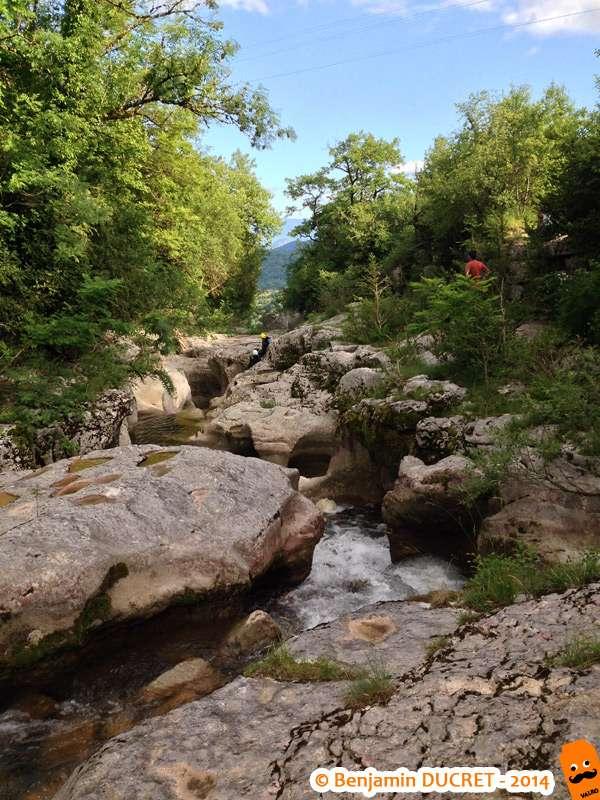 Gorges en amont de la cascade