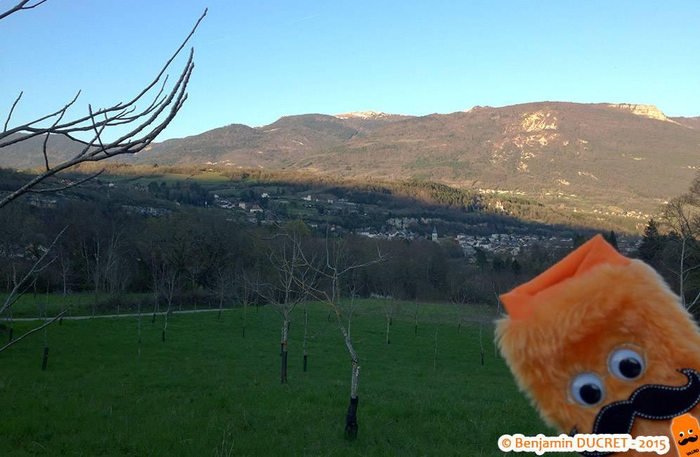 Vue sur Artemare depuis le Fierloz